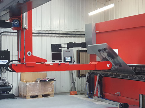 Alvan Blanch Factory Antil Robot Amada Press