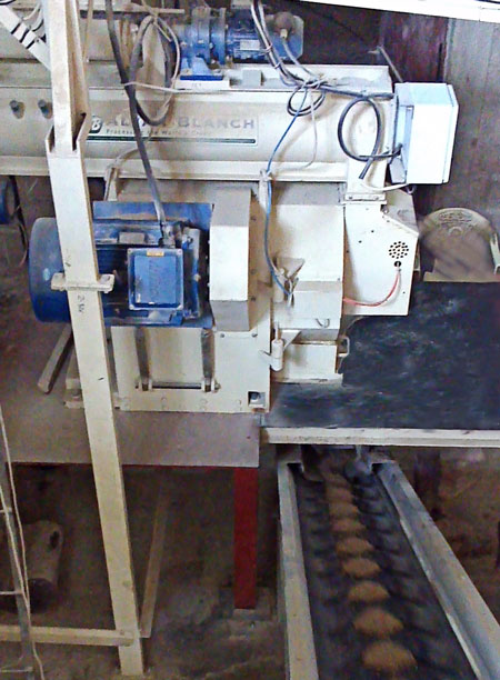 Alvan Blanch Pelleting Press Producing Pellets