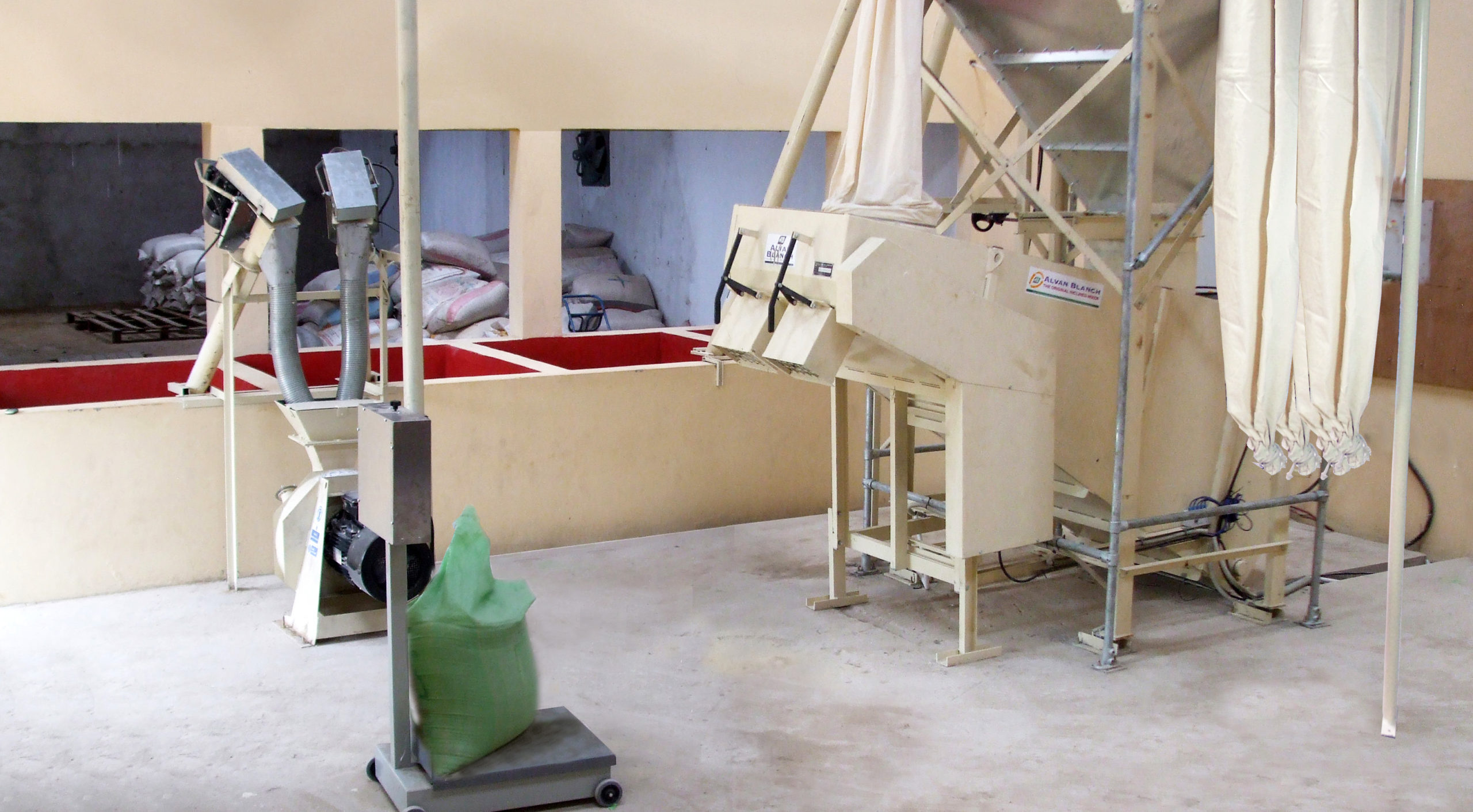 Alvan Blanch Small Feedmill With Automated Ration Compilation Gambia Page 2 Image 0003 scaled